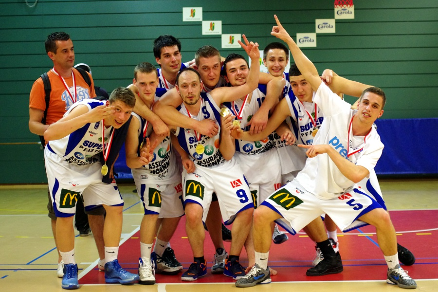seniors2-champions